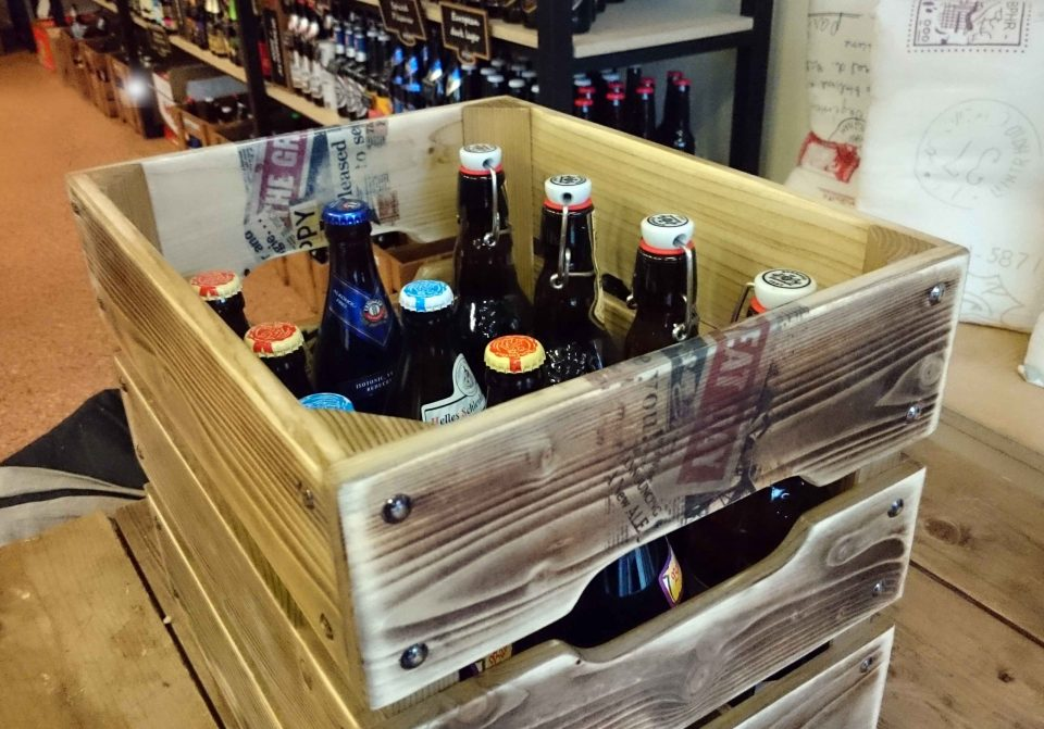 beer crate for 12 bottles